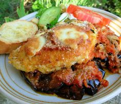 Delicious Oven Baked Chicken And Aubergine (Egg Plant) Parmigiana Recipe. Id Reccomend Aged Parmigiana Reggiano, Since it's The Best! Chicken Eggplant, Eggplant Parmesan, Oven Baked Chicken, Crusted Chicken, Parmesan Crusted, Fried Chicken Breast, Chicken Breasts, Savarin, Vegetable Puree