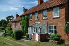 Heath Cottage in the Heart of Walberswick,suffolk  available to rent through www.heritagehideaways.com