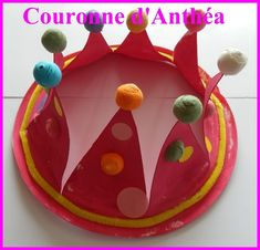 LES COURONNES 2014 | ASSISTANTE MATERNELLE AGREEE A SAULCHERY 02310 Birthday Cake, Christmas Ornaments, Holiday Decor, Montessori, Centre, Paper, Animals, Birthday Cakes, Christmas Jewelry