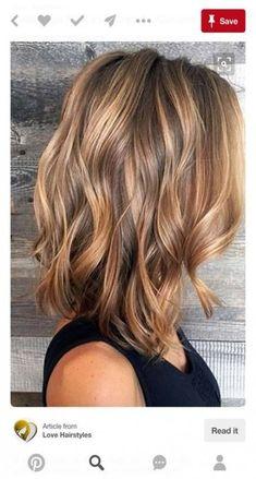 32 Ideen Haare dunkelblond Farbe Farbe für 2019  #dunkelblond #farbe #haare #ideen  #Haarfarben2019 Medium Hair Styles, Curly Hair Styles, Hair Medium, Hair Color And Cut, Hair Colour Ideas, Hair Color Balayage, Balayage Highlights, Balayage Blond, Brown Highlights