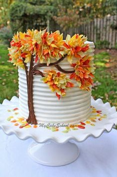 Pretty Cakes, Cute Cakes, Beautiful Cakes, Amazing Cakes, Simply Beautiful, Rodjendanske Torte, Thanksgiving Cakes, Thanksgiving Birthday, Fall Cakes