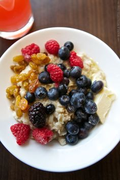 Oatmeal with Berries | FamilyFreshCooking.com