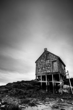 Architecture Photography: Black & White Home on Stilts