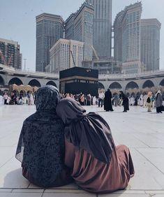 The dream will go with mother to Mekka. Мечта поехать с мамой в Мекку. Cute Muslim Couples, Muslim Girls, Beautiful Muslim Women, Beautiful Hijab, Hijabi Girl, Girl Hijab, Islamic Images, Islamic Pictures, Muslim Hijab