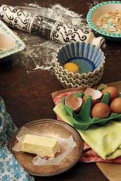 Half-Dozen ceramic Egg Crate