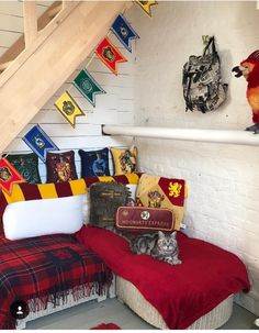 Harry potter nook zoey's harry potter room в 2019 г. harry p Deco Harry Potter, Theme Harry Potter, Harry Potter Bedroom, Harry Potter Outfits, Harry Potter Birthday, Harry Potter Shop, Harry Potter Tumblr, Room Decor Bedroom, Girls Bedroom
