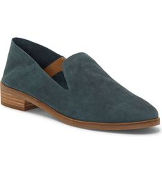 Free shipping and returns on Lucky Brand Cahill Flat (Women) at Nordstrom.com. Ultrasmooth and supple leather distinguishes an essential flat with a lightly cushioned footbed for all-day comfort.
