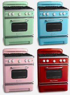 Kitchen ~ Appliances ~ Big Chill ranges in variety of colors Big Chill, Kitchen Stove, Kitchen Appliances, Red Kitchen, Kitchen Design, Kitchen Decor, Oven Design, Eclectic Kitchen, Kitchen Ideas