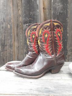 Circa 1940...ladies Nacona boots... look at the workmanship...the slant of the heel...the colors...what gorgeous Cowgirl danced in these? At Cayuse in Jackson, Wyoming.