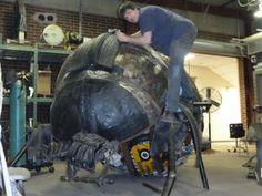 Cedar Rapids comunity project, recycling art, tire art with international traveling artist Mo Siakkou-Flodin Outdoor Sculpture, Sculpture Art, Sculptures, Tire Art, Trash Art, Tyres Recycle, Used Tires, Scrap Metal Art, Recycled Art