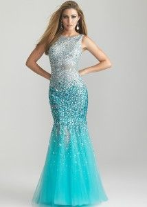 Under The Sea themed quinceañera... dress your damas in mermaid dresses #quinceañera