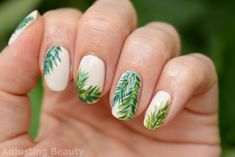 Tropical Palm Leafs Nails - Adjusting Beauty