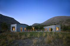 Gallery of Syros House / Katerina Tsigarida Architects - 6