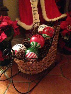 Decorative sleigh for Christmas!