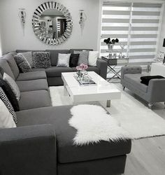 There are many elegant living room ideas that you might decide to get applied in your living room design. Because you have landed here then most probably you want Elegant living room answer. Living Room Decor Cozy, Elegant Living Room, Living Room Grey, Home Living Room, Interior Design Living Room, Living Room Designs, Living Room Ideas Grey And White, Modern Living, Black And Silver Living Room