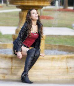 jadore les femmes en bottes de cuir ou cuissardes 038 sur http://ift.tt/1TgJUiZ