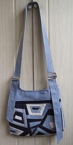 Denim Crazy Quilt Bag and other gorgeous denim projects.  not in english.