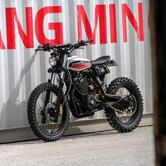Garage Build: A custom Honda XR600R from France - Bike EXIF
