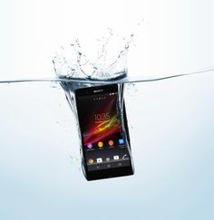 Sony Xperia Z - water resistant and a beauty