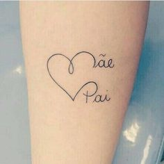 Kinderinitialen Tattoos, Name Tattoos, Mini Tattoos, Body Art Tattoos, Small Tattoos, Tatoos, Tattoos With Kids Names, Family Tattoos, Couple Tattoos