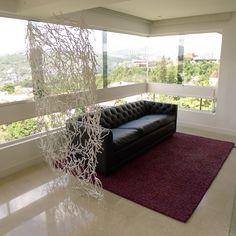 Mobiliario, luz y arte es parte del diseño del apartamento Moncada- Barros