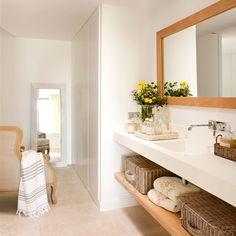 White bathroom with dressing room_ Bathroom Style, Bathroom Design Inspiration, Home Decor, Bathroom Mirror, Bathroom Interior, Home Deco, Bathroom Top, Shabby Chic Room, Bathroom Decor