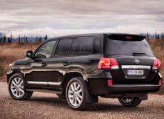 Best 7 Passenger Vehicles: #6 2013 Toyota Land Cruiser
