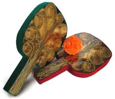 Best Ping Pong Paddle - Let us help you choose the best paddle Corrugated Packaging, Steampunk Crafts, Ping Pong Paddles, Gold Spray, Christmas Crackers, Old Christmas, Gold Paint, Rackets, Tennis Racket
