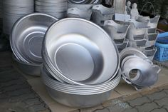 México encarece acceso a utensilios de cocina de aluminio originarios de China - Expansión MX
