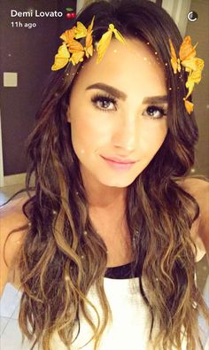 Demi Lovato Unveils Her New Summery Hair Color - MTV