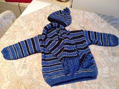 Blue, black & white striped hand knitted kids sweater with bonnet & shawl - Blauw, zwart & wit gestreepte handgebreide kindertrui met muts & sjaal