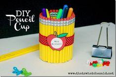 Lapicero hecho de lápices