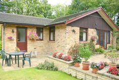 Bungalow for sale - 3 bedrooms in Hayley Green Village, Winkfield Row, Berkshire RG42 - 30476641