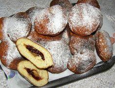 W Mojej Kuchni Lubię - In My Kitchen I like: mało słodkie pączki z powidłami śliwkowymi... Muffin, Bread, Baking, Breakfast, Food, Morning Coffee, Bakken, Eten, Backen