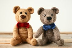Everybody needs a crochet teddy bear! Use this free amigurumi pattern, instructions, and photos to make one for yourself and everyone you know! Teddy Bear Patterns Free, Crochet Teddy Bear Pattern, Knitted Teddy Bear, Teddy Bear Toys, Crochet Patterns Amigurumi, Crochet Dolls, Crochet Eyes, Free Crochet, Crochet Bow Ties