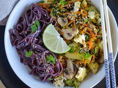 Wok, Cabbage, Vegetables, Rice Noodles, Lime Juice, Cilantro, Vegetarische Rezepte, Black Rice, Cabbages