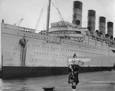 Mauretania of 1907 in her white cruising livery during the Titanic Model, Rms Titanic, Liverpool Waterfront, Rms Mauretania, Hms Hood, Vintage Travel Posters, Ocean, Boats, Steamers