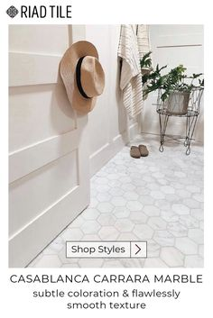 Marble Bathroom Floor, Bathroom Flooring, Small Bathroom, Marble Tile Shower, White Marble Bathrooms, Bathroom Fixtures, Master Bathroom, Casablanca, Riad
