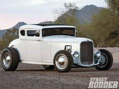 White 32 Ford Duce Coupe hot rod