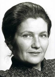 Simone Veil for standing up for abortions and the right of women's to dispose of their own bodies. Great Women, Amazing Women, Most Popular People, Simone Veil, What Is A Feminist, Famous French, Photo Black, Women In History, Famous Women