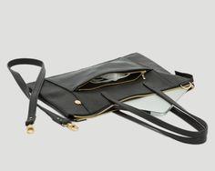 Laptop Shopper Horizontal Raw, Black