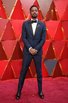 LAKEITH STANFIELD in a navy custom-made Ermenegildo Zegna Couture tuxedo, created from sustainable materials for the Red Carpet Green Dress ethical fashion campaign. So sharp! Cannes, Navy Tux, Dinner Suit, Designer Suits For Men, Best Dressed Man, Handsome Black Men, Red Carpet Looks, Red Carpet Dresses, Good Looking Men