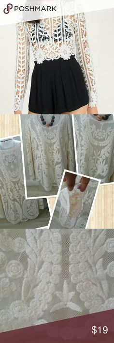 Size M/L lace tops White Cream color,it fit Size M/L, crochet design. (Price reflected on 1 tiny hole showed in last picture) other then that good conditions -- Tops