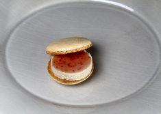 Macaron foie gras-confiture de figues
