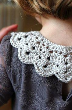 ColoridoEcletico: crochet collar - Footsteps