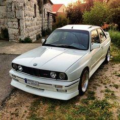 BMW E30 M3 white