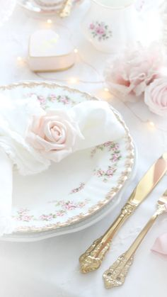 Beauty And The Beast Art, Beautiful Love Stories, Princess Aesthetic, Pink Room, Vintage Heart, Pinterest Board, High Tea, Wall Collage, Afternoon Tea