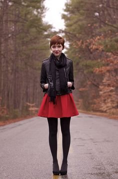 matte leather jacket, red dress and black tights. This outfit is cuuuute for fall. Winter Fashion Outfits, Fall Winter Outfits, Look Fashion, Autumn Winter Fashion, Autumn Fall, Fashion Styles, Outfits 2016, Short Outfits, Cute Outfits