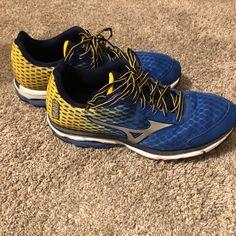 mens mizuno running shoes size 9.5 eu west pink price