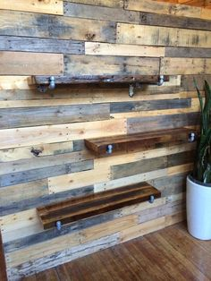 Pallet wall treatment and stable bar shelf with black iron carrier by UnsungS … - Wandbehandlung Diy Pallet Wall, Diy Pallet Projects, Pallet Walls, Man Cave Pallet Ideas, Pallet Wall Bedroom, Deco Studio, Fall Bedroom, Into The Woods, Ship Lap Walls